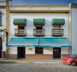 Círculo de Labradores y Artesanos en Gibraleón. / Foto: Gabriel López.