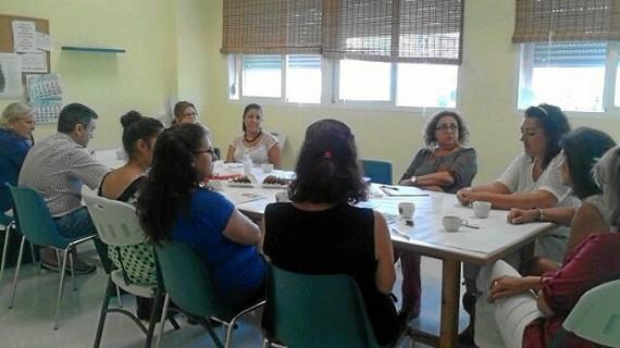 Acordadas con los colectivos vecinales las medidas para la transformación social de los barrios de viviendas públicas de la capital