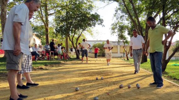 Fútbol, la Fiesta de la Bici y el Torneo de Petanca, algunas de las actividades deportivas en las fiestas de Moguer
