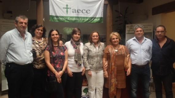 Isla Cristina presenta su nueva Junta Local para trabajar contra el Cáncer