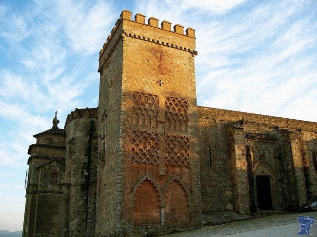 Los arqueólogos invitan a los vecinos de Aracena a disfrutar de su patrimonio.