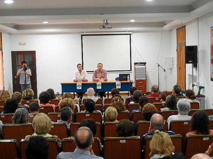 El programa fue presentado por el alcalde de Aracena.