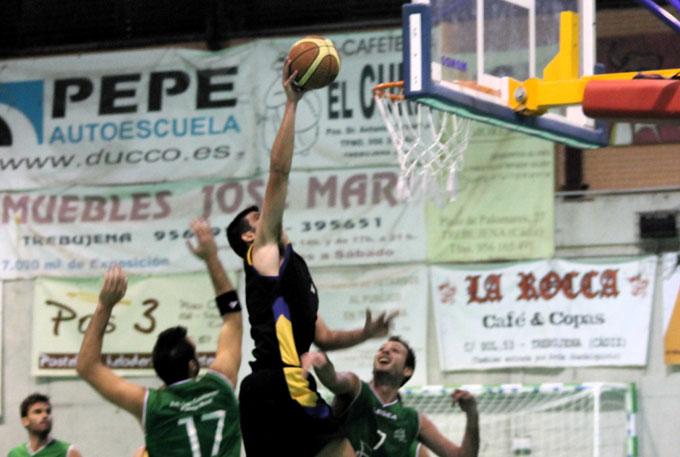 Espectacular acción de Sebas Domínguez ante Las Canteras.