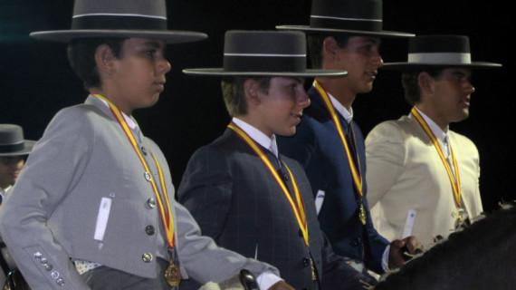Nuevos éxitos de los jinetes de la Asociación Hípica 'Montemayor' de Moguer