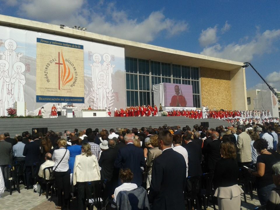 Acto de beatificación en Tarragona. / Foto: Juan Antonio García, alcalde de Bonares.