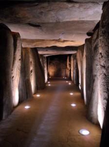 EL Dolmen de Soto es una de las construcicones megalíticas más importantes de Europa, con 21m. de galería.