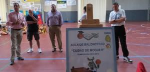 Un momento de la inauguración del Aula de Baloncesto en Moguer.