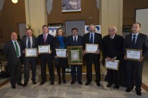 Uno de los últmos reconocimientos entregados a Jósé María Franco, por la Asociación de Antiguos Alumnos '3 de marzo'.