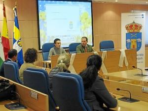 Acto en el Ayuntamiento de Aljaraque.