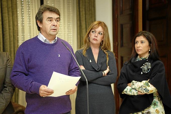 José Martín durante la lectura del manifiesto.