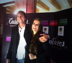 La cantaora, a su llegada a Cantares, antes de recoger el Premio. / Foto: Twitter