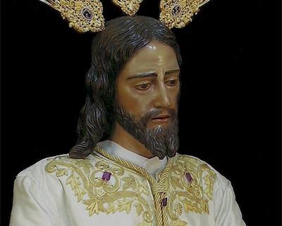 El Señor de la Humildad estrenará una túnica beis para su traslado a la catedral