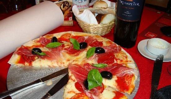 Buscan 300 cocineros españoles para trabajar en una cadena de comida italiana en Reino Unido