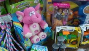Las tiendas de juguetes incrementan sus ventas estos días.