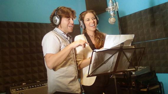 Rocío Márquez y César López confeccionan un himno para el 125 aniversario del Recreativo