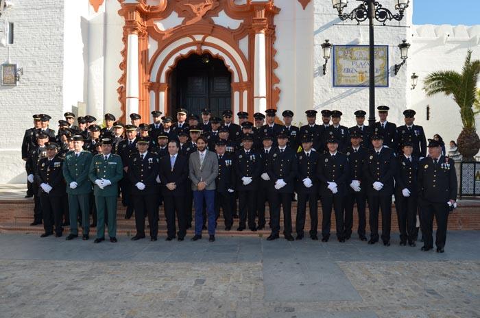 La Policía Local de Almonte rinde honores a su Patrona, la Inmaculada Concepción