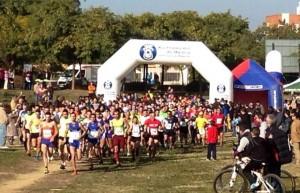 Más de 250 participantes tomaron parte en el Cross Parque Moret.