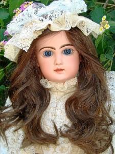 Una de sus muñecas preferidas.