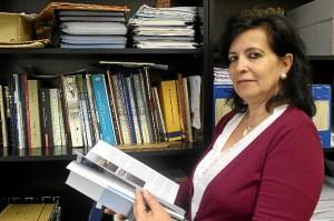 La documentación ha sido recogida por Ana Mojarro, jefa de Documentacion, Registro y Archivo del Puerto Huelva.