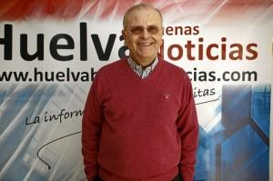 El presidente de la Asociación Resurgir, Manuel García, en la redacción de Huelva Buenas Noticias.