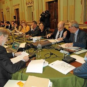 Pleno del mes de diciembre del Ayuntamiento de Huelva.