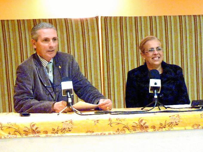 Presentación de RadioDisc por parte de Paco de Dios y Maribel García.