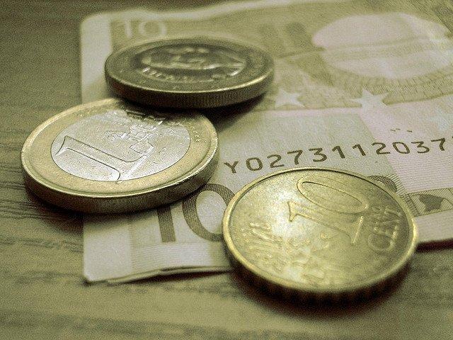 Autónomos y pymes podrán cobrar sus facturas. / Foto: www.froet.es/