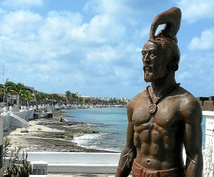Escultura de Gonzalo Guerrero en Cozumel, la isla más grande del Caribe mexicano.