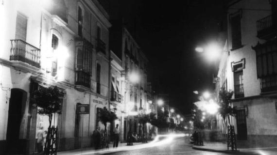 Esquina de las calles San José y Puerto de Huelva, en los años 50 del siglo XX