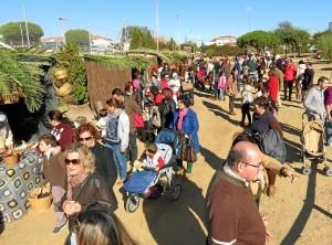 Durante el puente muchos vecinos se han acercado al evento.