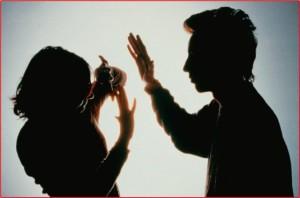 Actividad contra la violencia hacia la mujer inmigrante.