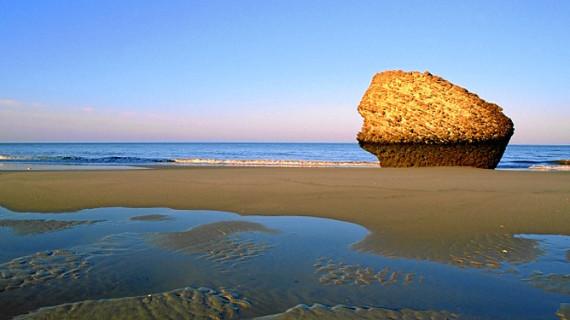 Matalascañas recibirá 10.000 metros cúbicos de arena para la regeneración de la playa
