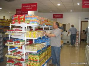 El Economato ofrece productos de primera necesidad a precios muy económicos.
