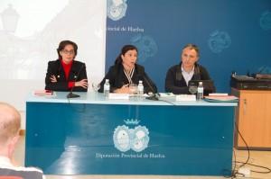 Reunión de la Diputación de Huelva con alcaldes onubenses.