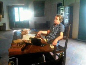 Salvador Campos Jara, en el rodaje del documental sobre Gonzalo Guerrero.