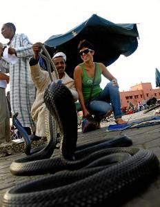 Con serpientes, en Marrakech.