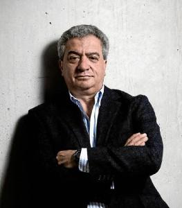 El onubense Manuel Galán es el creador de la empresa Steelmood.
