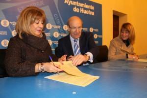 Convenio con la Asociación de Alzheimer de Huelva.