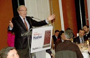 El alcalde de Huelva, Pedro Rodríguez, aseguró que los medios impresos acabarán desapareciendo.