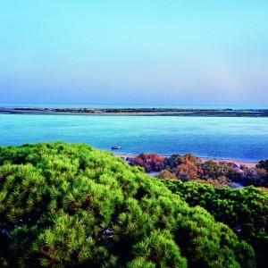 La guía de playas ofrece información de la Costa onubense entre cerca de 3.500 playas españolas.