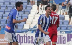 Arana fue el autor del gol del Recre en el empate (1-1) con el Sporting en la primera vuelta. / Foto: Josele Ruiz.