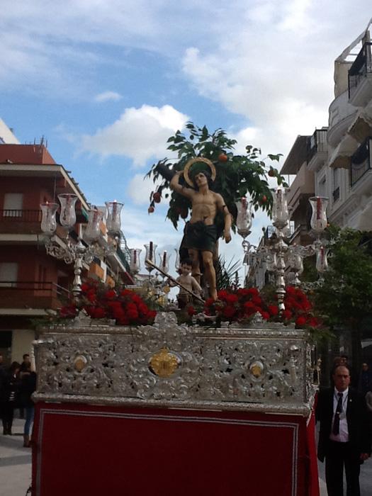Procesión del santo por las calles de Punta Umbría.