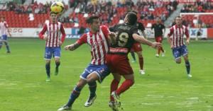 Ante el Sporting el Recre volvió a dejar su puerta a cero. / Foto: Paloma Ucha / El Comercio.
