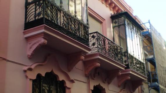 Un total de 450 edificios de Huelva pasan la revisión que garantiza su conservación y mantenimiento