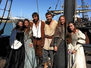 Protagonistas de la serie con actores onubenses.