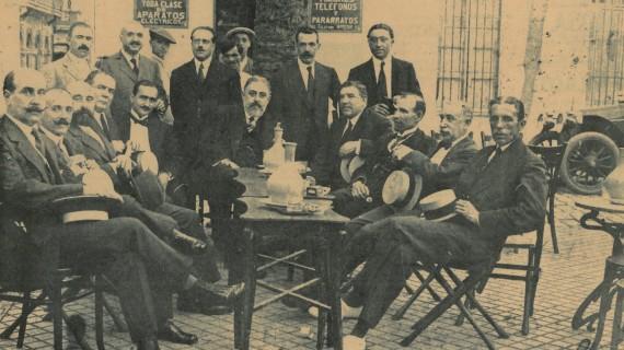 Bar de doña Rosa, en la Plaza de las Monjas, hacia 1920