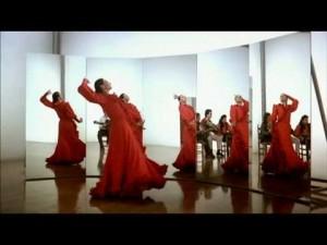Fotograma de la película 'Sevillanas' de Carlos Saura.