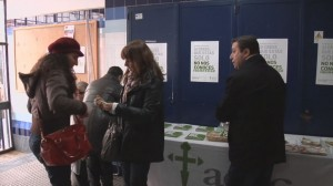 Campaña informativa de la AECC en Ayamonte.