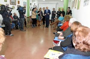 El alcalde visita el proyecto en el Lazareto.