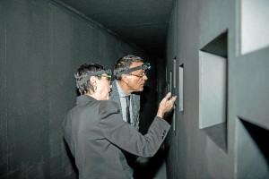 La visita simulaba la entrada a una mina.